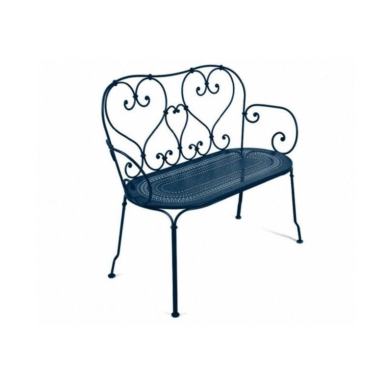 acheter banquette de jardin 1900 fermob fauteuils chaises et bancs meuble d 39 ext rieur meuble. Black Bedroom Furniture Sets. Home Design Ideas