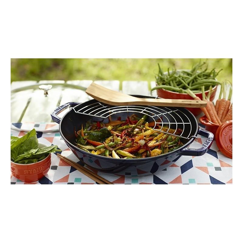achat vente wok en fonte de 30 cm staub. Black Bedroom Furniture Sets. Home Design Ideas