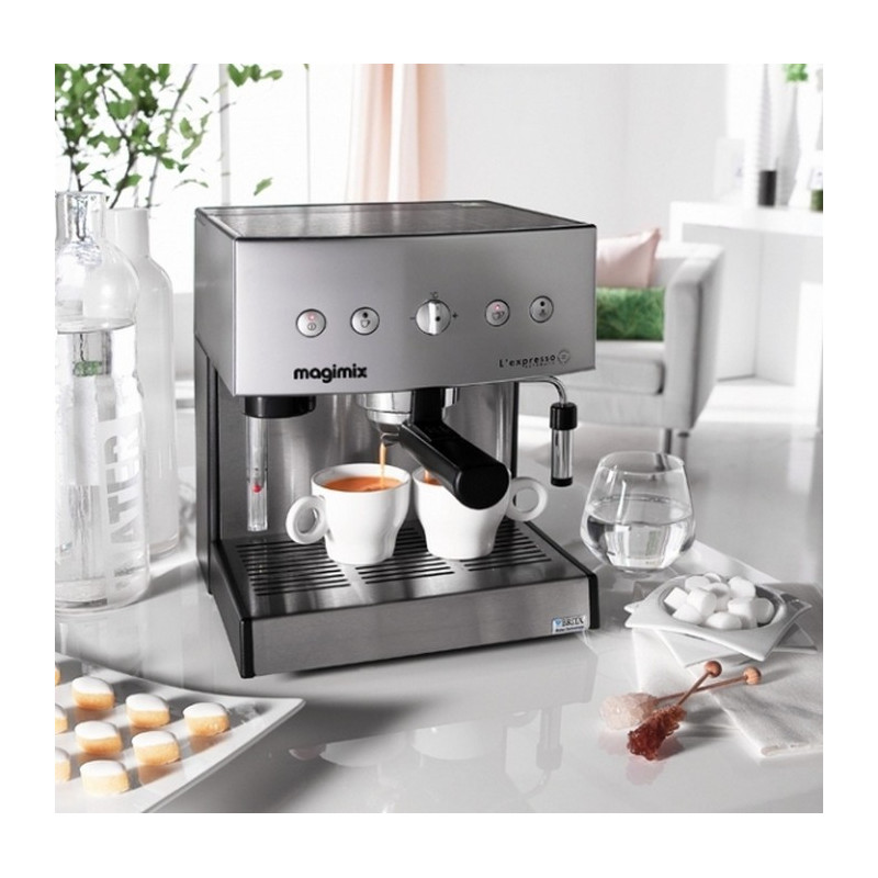 cafeti re expresso automatic 19 bars chrome mat. Black Bedroom Furniture Sets. Home Design Ideas