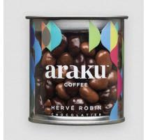 Grains de café noir et lait, Araku