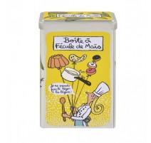 Boîte à fécule de Maïs Léger, Derrière la porte