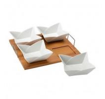 Set de 4 coupelles en porcelaine sur un plateau, Vins & plaisir